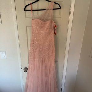 Monique Lhuillier Light Pink One Shoulder Gown